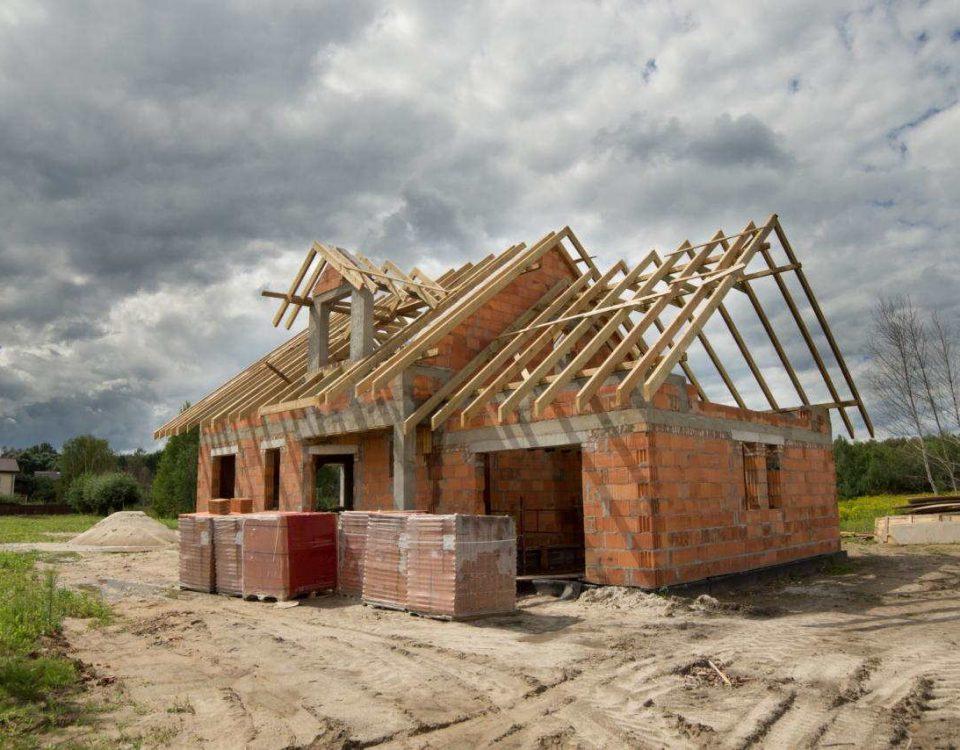 oceiplanie budynkow pianka pur torun nieocieplony dom